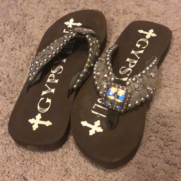 08da745bdc701d gypsy soul Shoes - Gypsy soul flip flops